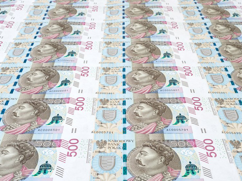 The NBP flooded Poland with cash. There are mainly high denominations